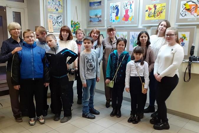 В Кинешме открылась выставка участников проекта «Люблю жить!» фото 2