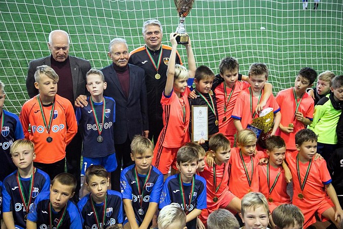 «Наши надежды» выиграли международный футбольный турнир в Казани фото 19