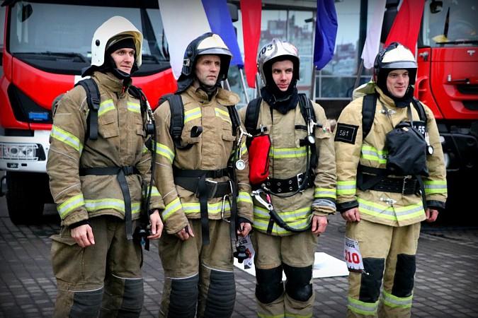 Кинешемец Иван Вахотин стал одним из лучших в покорении питерского «Leader Tower» фото 2