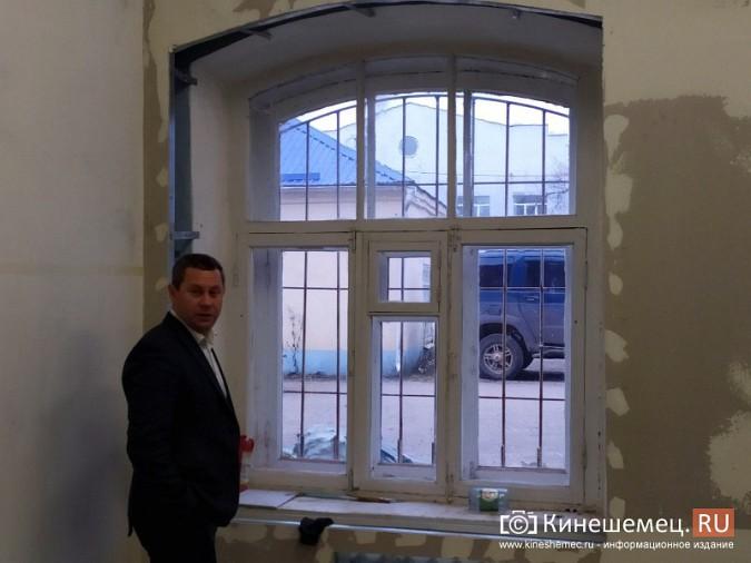 На кинешемской «скорой» продолжается ремонт помещений на первом этаже фото 12