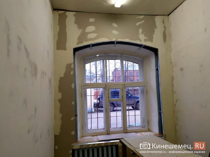 На кинешемской «скорой» продолжается ремонт помещений на первом этаже фото 8