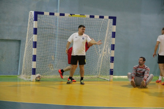 В чемпионате Кинешмы по мини-футболу установилось троевластие фото 5
