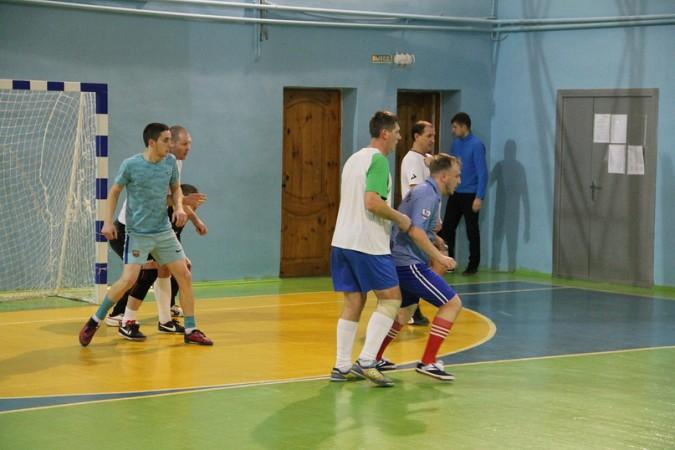 В чемпионате Кинешмы по мини-футболу установилось троевластие фото 9