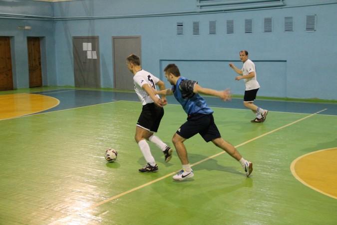 В чемпионате Кинешмы по мини-футболу установилось троевластие фото 2