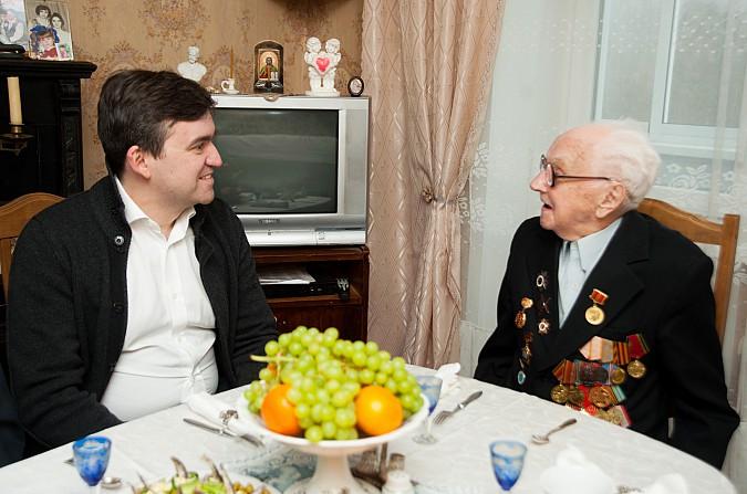 Глава Ивановской области поздравил кинешемского фронтовика Николая Крылова с юбилеем Победы фото 3