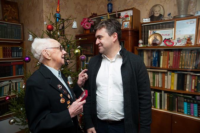 Глава Ивановской области поздравил кинешемского фронтовика Николая Крылова с юбилеем Победы фото 4