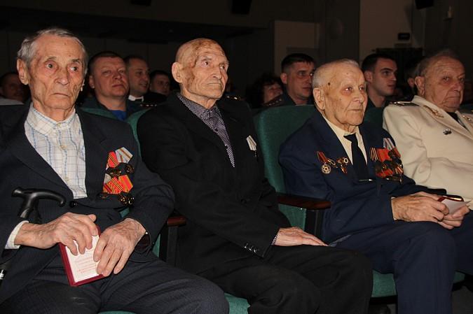 В Кинешме чествовали защитников Отечества фото 21