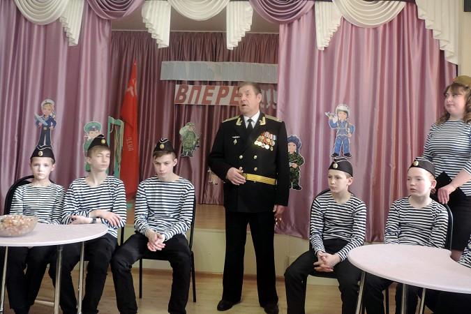 К воспитанникам Кинешемского детского дома пришли защитники Отечества фото 2