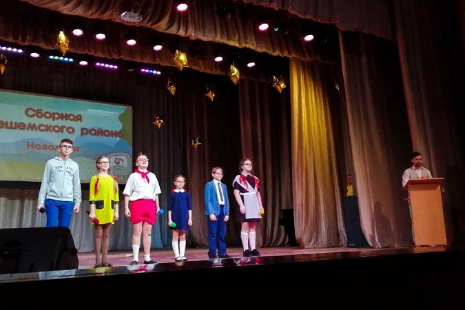 Кавээнщики из Кинешемского района вышли в полуфинал Областной юниор-лиги КВН фото 2
