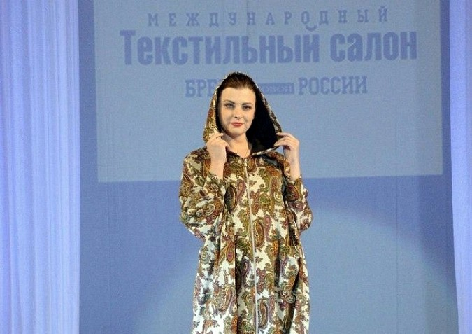 Актриса из Иваново Юлия Шилова мечтает стать женой Путина фото 2
