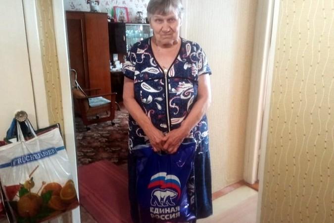 В Кинешме «Единая России» продолжает раздавать гражданам продуктовые наборы фото 3