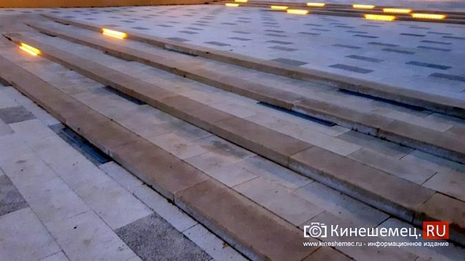 В ступенях реконструированного парка Кинешмы вышли из строя более половины светильников фото 3