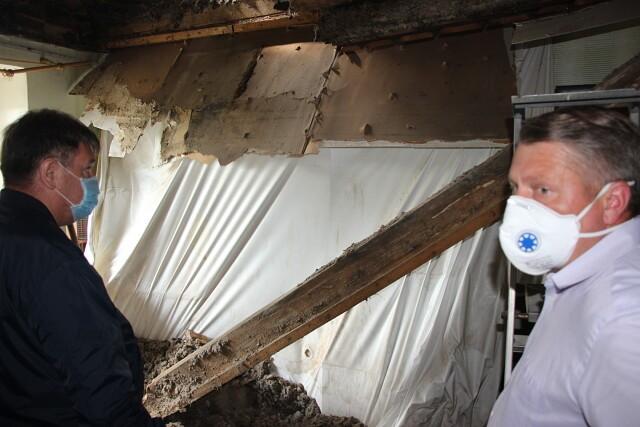 В Кинешме обрушилась балка в квартире, где находились пять человек фото 2