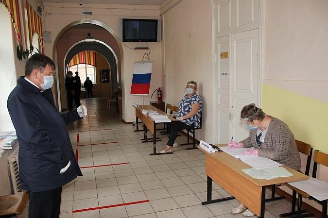 В Кинешме открылись участки для голосования по поправкам в Конституцию фото 2