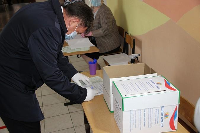 В Кинешме открылись участки для голосования по поправкам в Конституцию фото 3