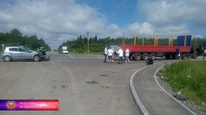 Житель Кинешмы на «Опеле Корса» врезался в «КАМАЗ» фото 5