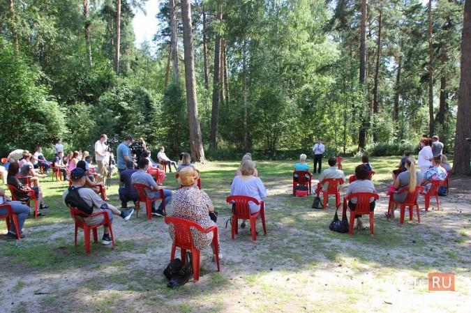 Станислав Воскресенский встретился с общественностью Кинешмы на парке на «стартовой» поляне фото 2