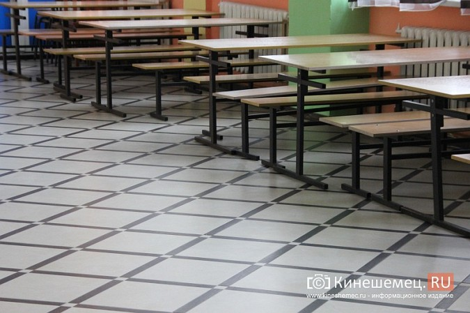 И.о.главы Кинешмы В.Ступин проинспектировал ремонт в образовательных учреждениях фото 4