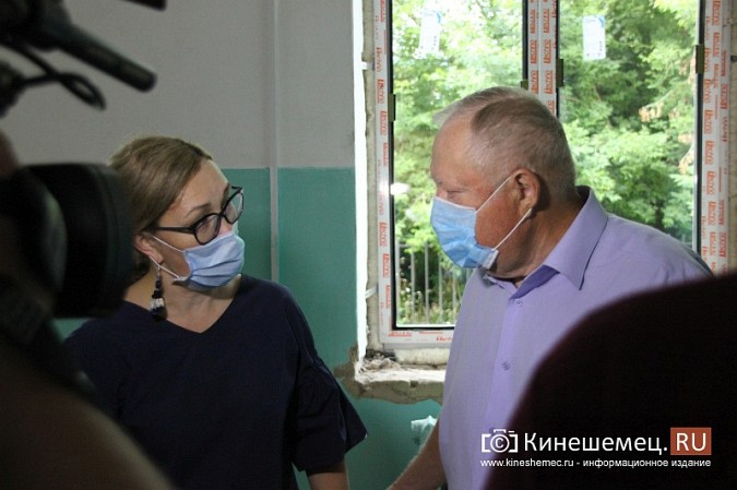 И.о.главы Кинешмы В.Ступин проинспектировал ремонт в образовательных учреждениях фото 16