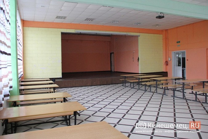 И.о.главы Кинешмы В.Ступин проинспектировал ремонт в образовательных учреждениях фото 2