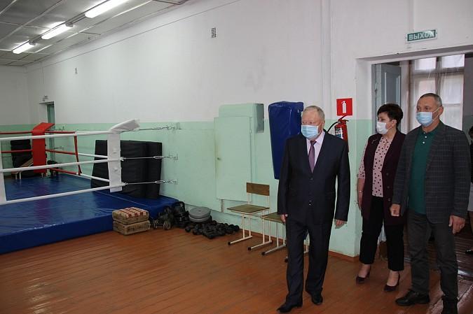 В Кинешме подготовят проекты крытой хоккейной коробки фото 10