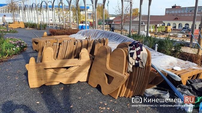 Стоимость новой скамейки на пл.Революции в Кинешме сопоставима с ценой иномарки фото 4