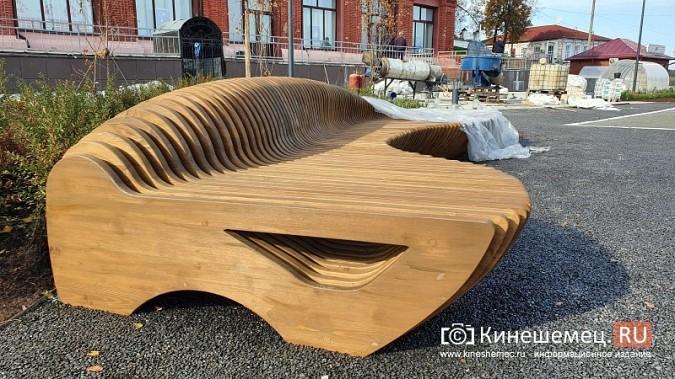 Стоимость новой скамейки на пл.Революции в Кинешме сопоставима с ценой иномарки фото 5