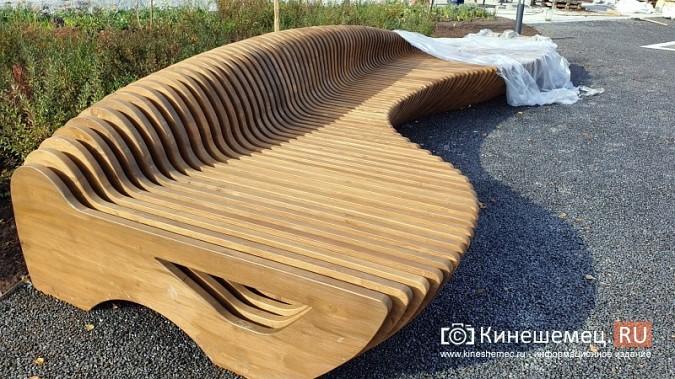 Стоимость новой скамейки на пл.Революции в Кинешме сопоставима с ценой иномарки фото 2