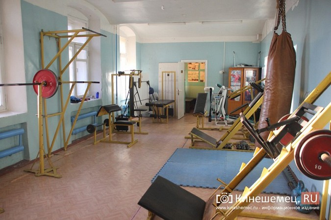 Глава Кинешмы пришел в ужас от зала, где тренируются прославленные самбисты фото 4
