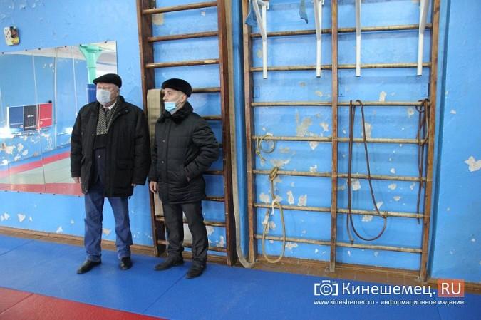 Глава Кинешмы пришел в ужас от зала, где тренируются прославленные самбисты фото 2