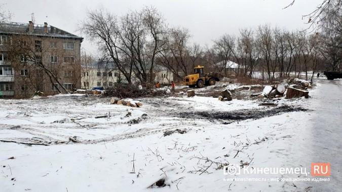 На ул.Островского УГХ расчищает место под строительство офтальмологического центра фото 7
