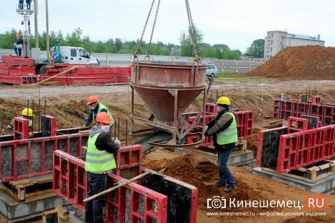 В Кинешме в рамках нацпроекта «Демография» завершается строительство нового бассейна фото 7