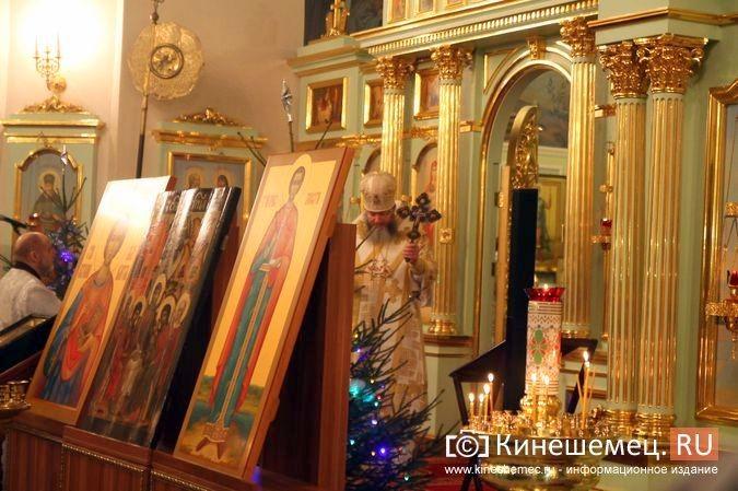 В православных храмах Кинешмы прошли рождественские службы фото 19