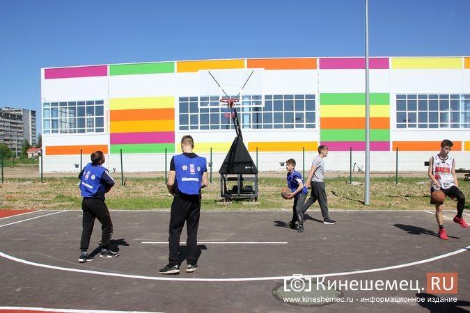 В Кинешме открыли новый мини-стадион с беговыми дорожками и футбольным полем фото 2