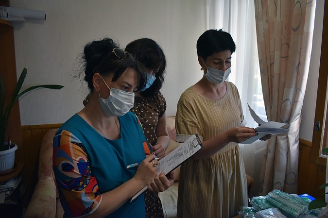 В Кинешме начали проверять наличие справок об антителах COVID-19 и сертификатов о вакцинации фото 9