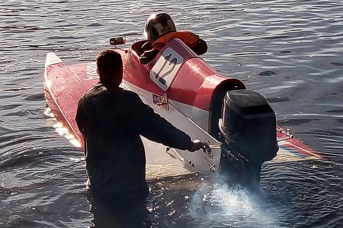 Кинешемец взял «бронзу» на Кубке Тверской области по водно-моторному спорту фото 5
