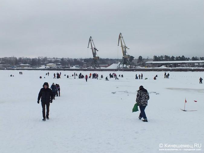 Соревнования по зимней ловле рыбы на мормышку прошли в Кинешме фото 31