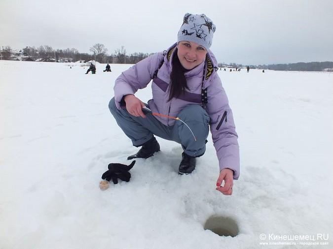 Соревнования по зимней ловле рыбы на мормышку прошли в Кинешме фото 10