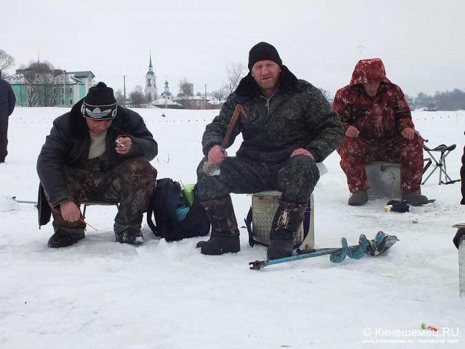 Соревнования по зимней ловле рыбы на мормышку прошли в Кинешме фото 25