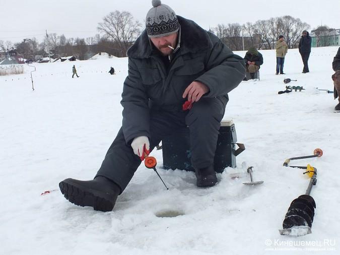 Соревнования по зимней ловле рыбы на мормышку прошли в Кинешме фото 24