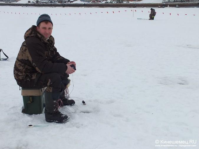 Соревнования по зимней ловле рыбы на мормышку прошли в Кинешме фото 20
