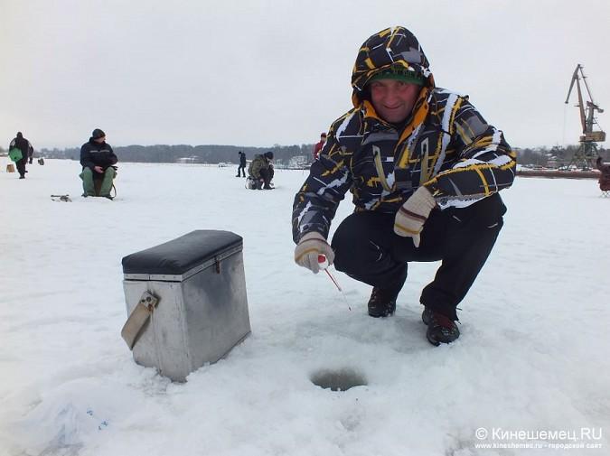Соревнования по зимней ловле рыбы на мормышку прошли в Кинешме фото 8