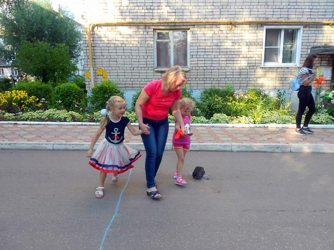 В микрорайоне «Поликор» прошел детский праздник фото 2