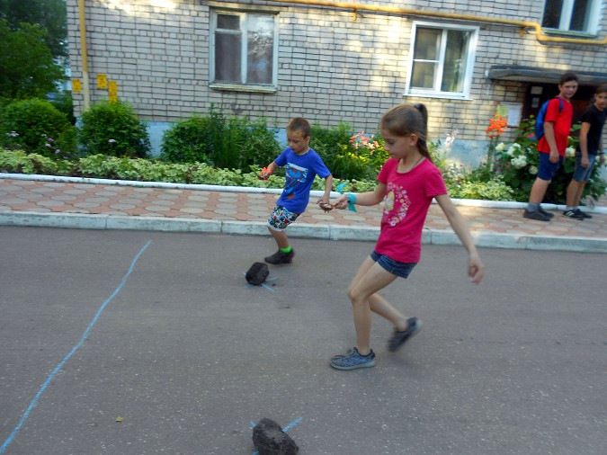 В микрорайоне «Поликор» прошел детский праздник фото 4
