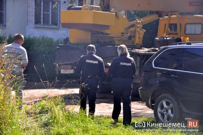 Кинешемцы напуганы ходом работ по реконструкции магазина на улице Маршала Василевского фото 7