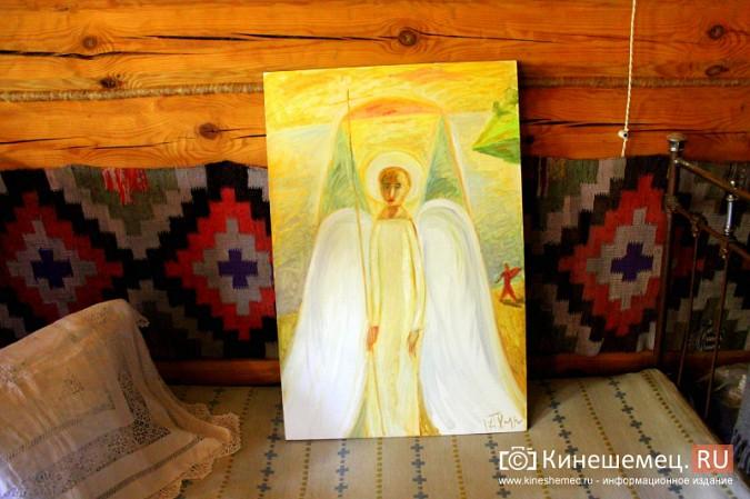 Знаменитый художник привез в Кинешму икону святителя Василия фото 6