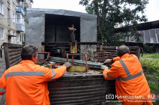 В Кинешме продолжается демонтаж аварийных детских площадок фото 9