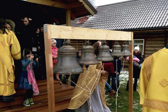 В новом кинешемском храме освятили колокола фото 3