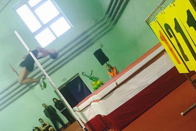 Кинешемский легкоатлет перепрыгал призера Чемпионата мира фото 4