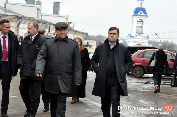 Станислав Воскресенский прогулялся по Волжскому бульвару фото 3